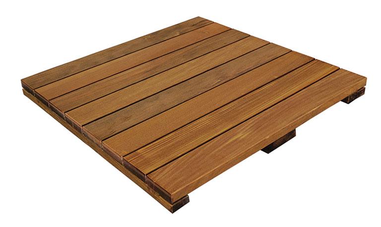 terrassenplatten holz terrassenplatten aus holz mit leichten handgriffen eine terrassenplatten. Black Bedroom Furniture Sets. Home Design Ideas