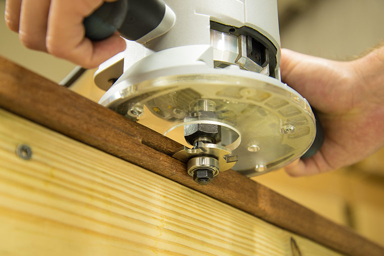 Cutting slots with hand held router - Step 3